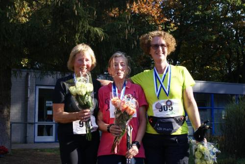 Podium Vrouwen 10km Nordic Walk